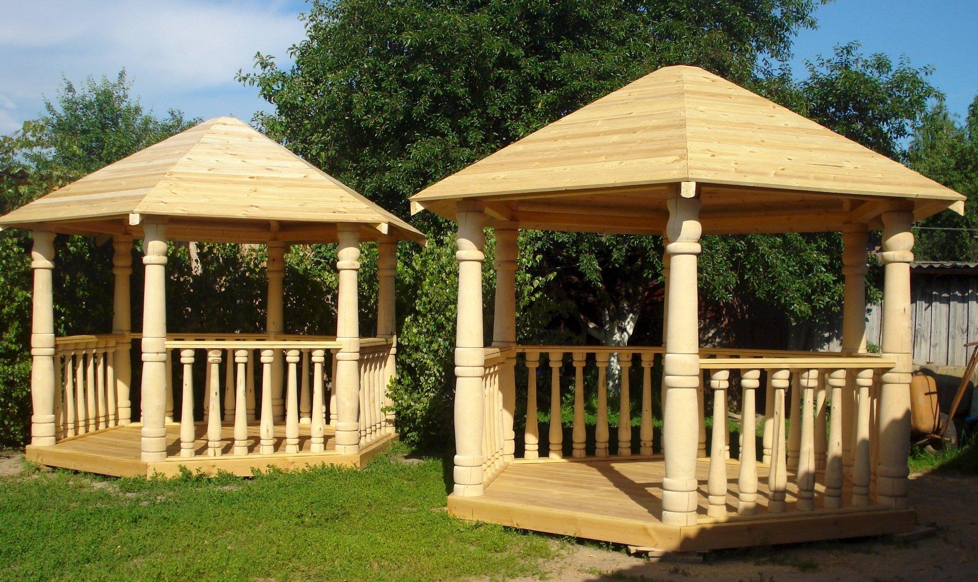 Строительство дачной деревянной беседки. Особенности