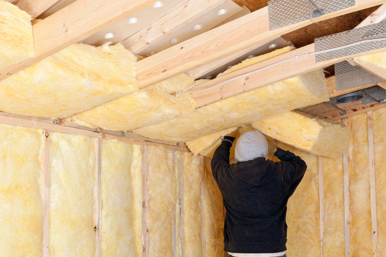 Утепление потолка верхнего этажа изнутри