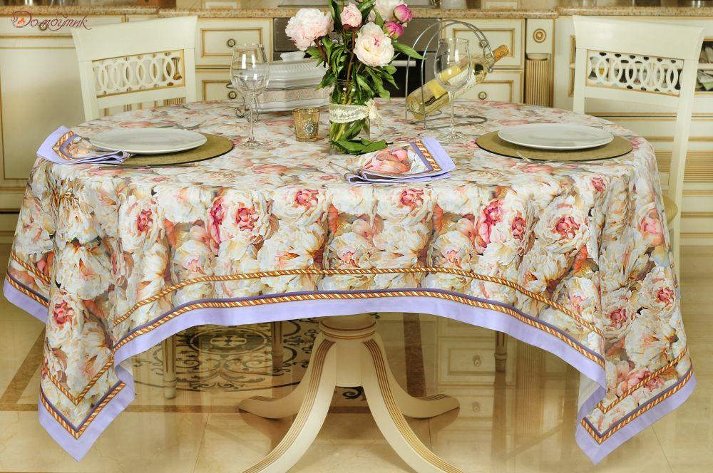 Скатерть и цветы для праздничного стола