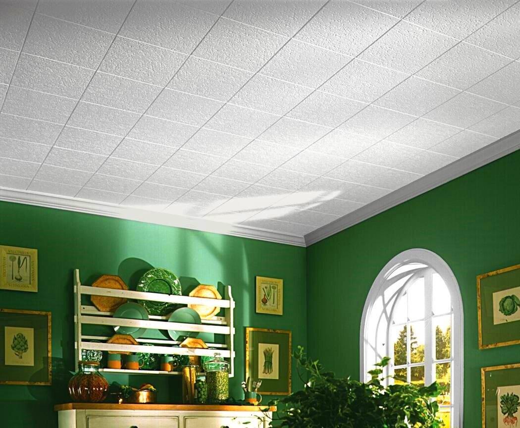 Интерьер с клеевым потолком