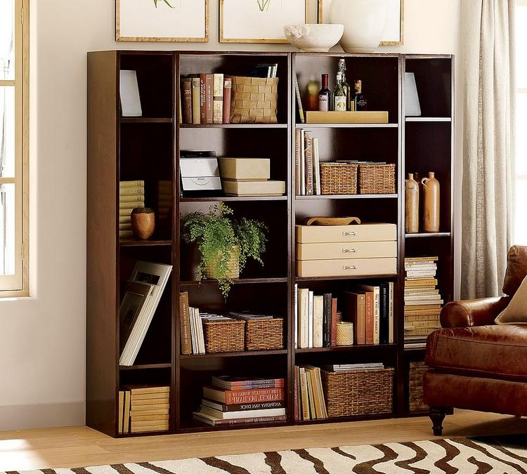 Книжные полки и ковры